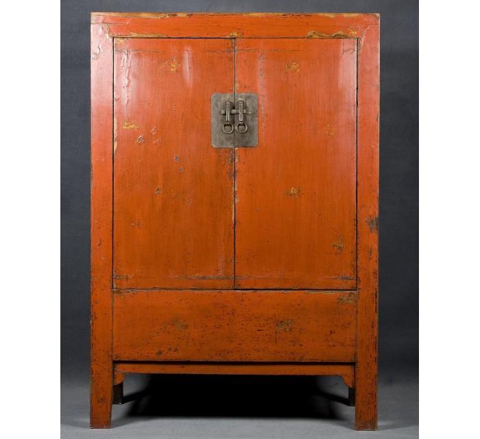 http://batavia.es/1427-thickbox_default/armario-chino-lacado.jpg