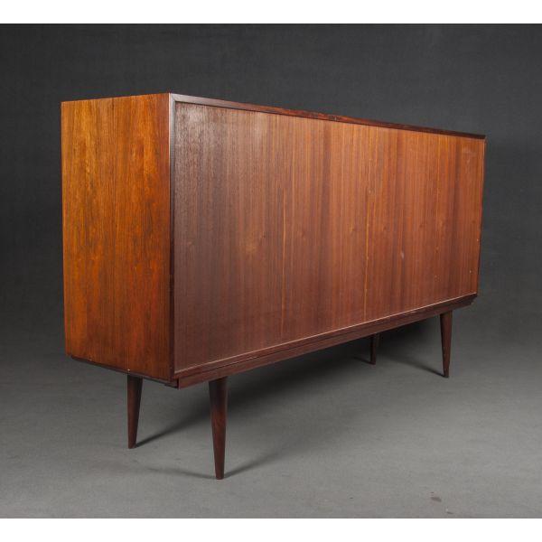 Muebles daneses anos 50 dise os arquitect nicos for Aparador anos 50
