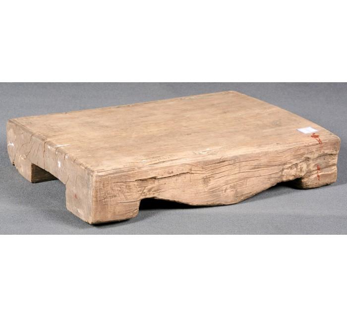 http://batavia.es/1747-thickbox_default/pedestal-de-madera.jpg