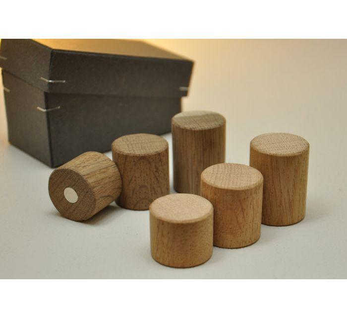 http://batavia.es/18230-thickbox_default/set-de-3-imanes-woodpin.jpg
