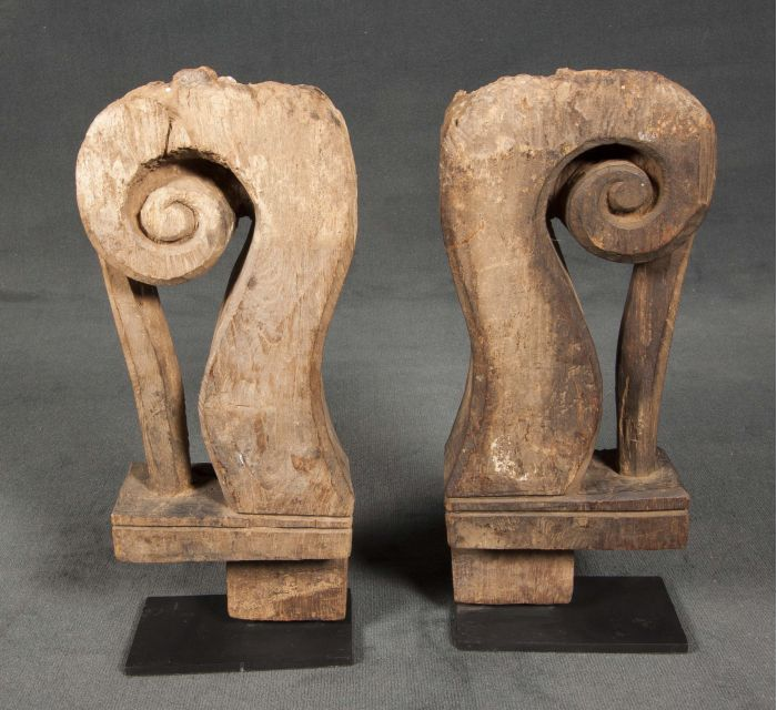 http://batavia.es/19062-thickbox_default/escultura-pata-de-cama.jpg