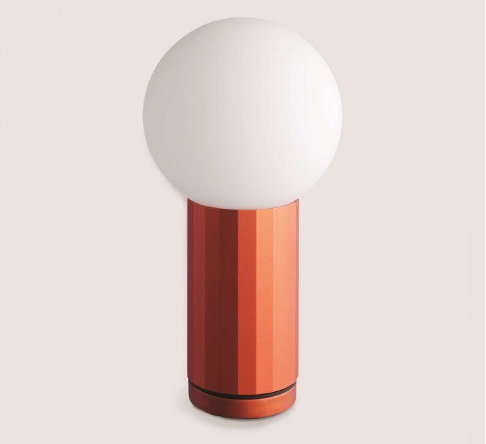 http://batavia.es/19810-thickbox_default/lampra-de-mesa-turn-on.jpg