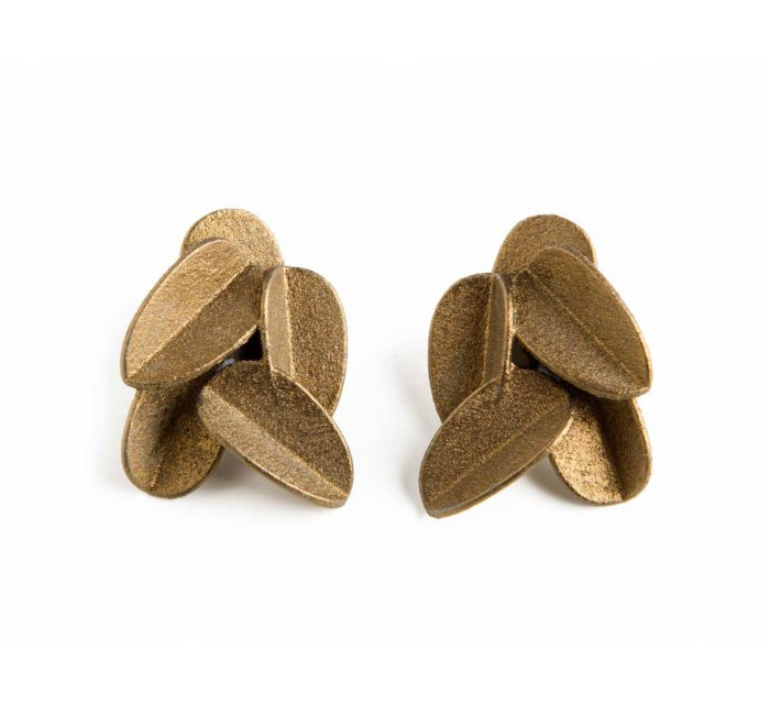 http://batavia.es/20924-thickbox_default/pendientes-leaves-cortos.jpg