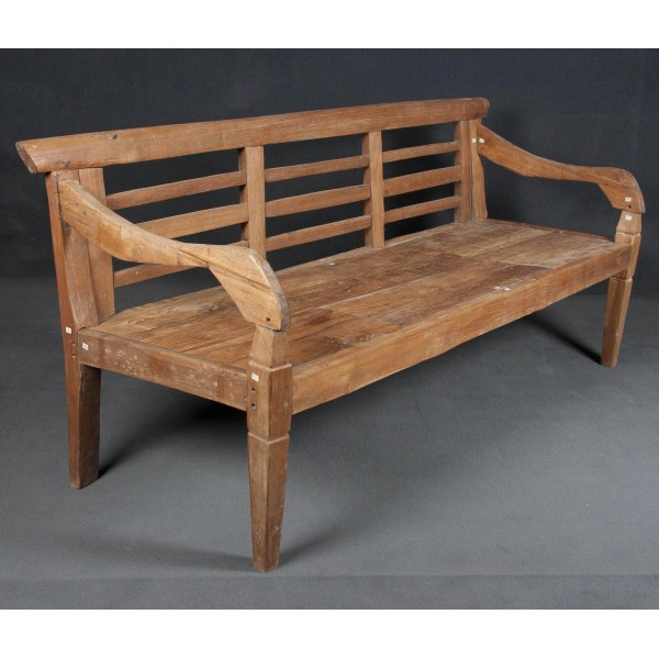 Banco y banco de madera batavia for Muebles de indonesia