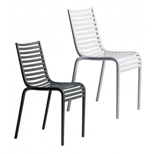 Silla apilable y silla exterior pip e batavia for Sillas exterior