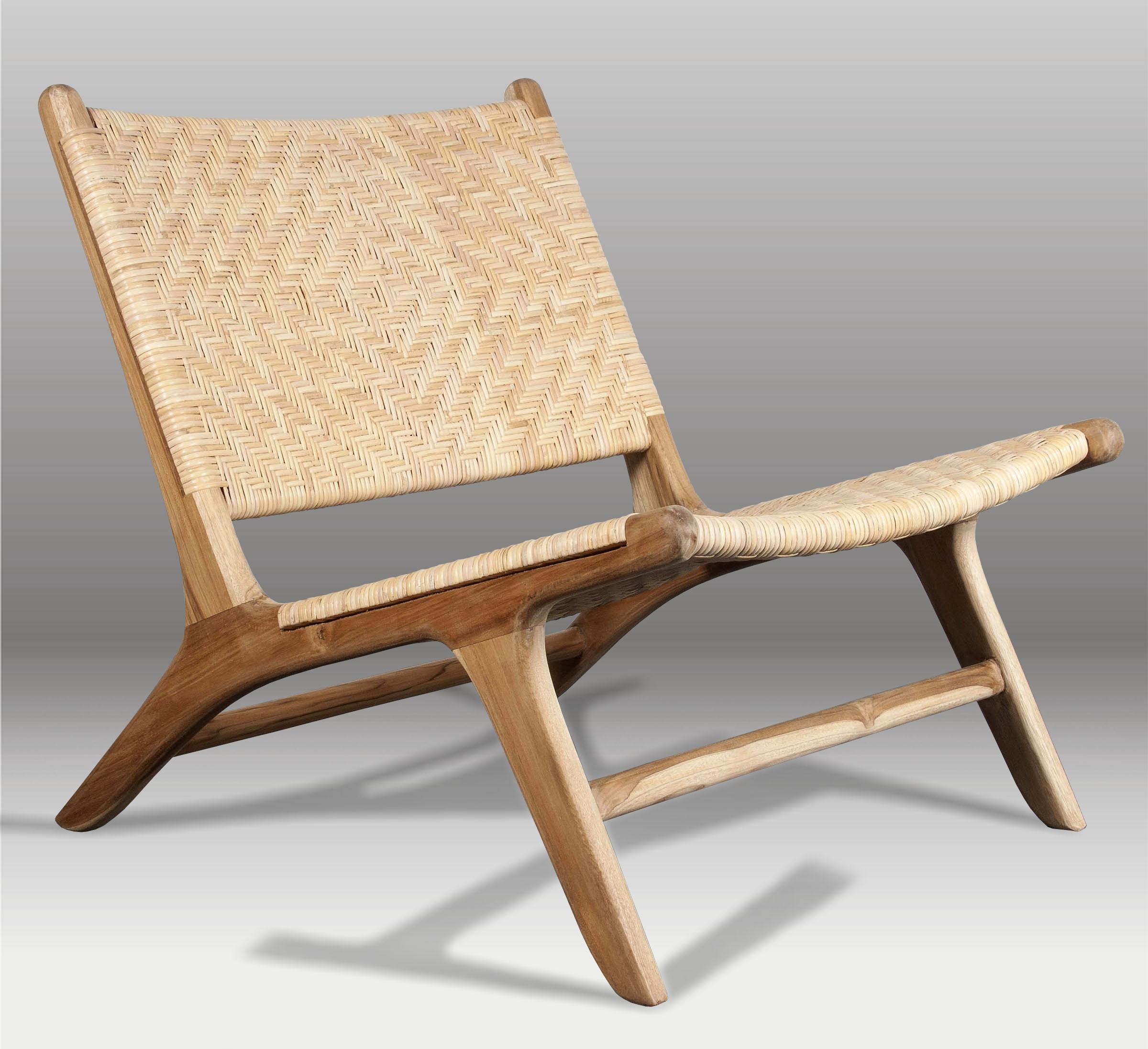 Butaca y butaca de madera batavia for Butacas para barras en madera