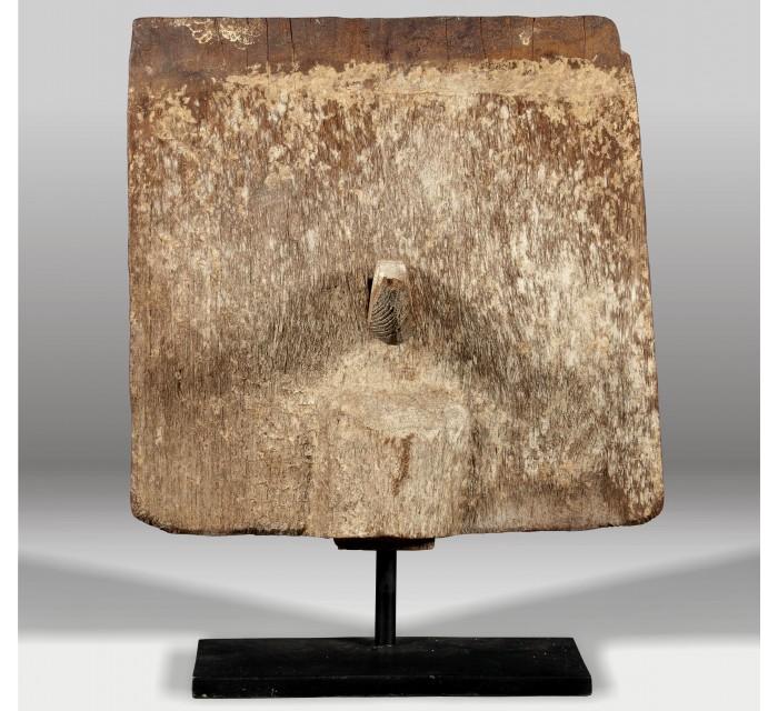 http://batavia.es/5619-thickbox_default/escultura-madera-peana.jpg