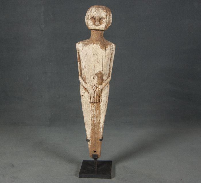 http://batavia.es/6435-thickbox_default/escultura-guardian.jpg