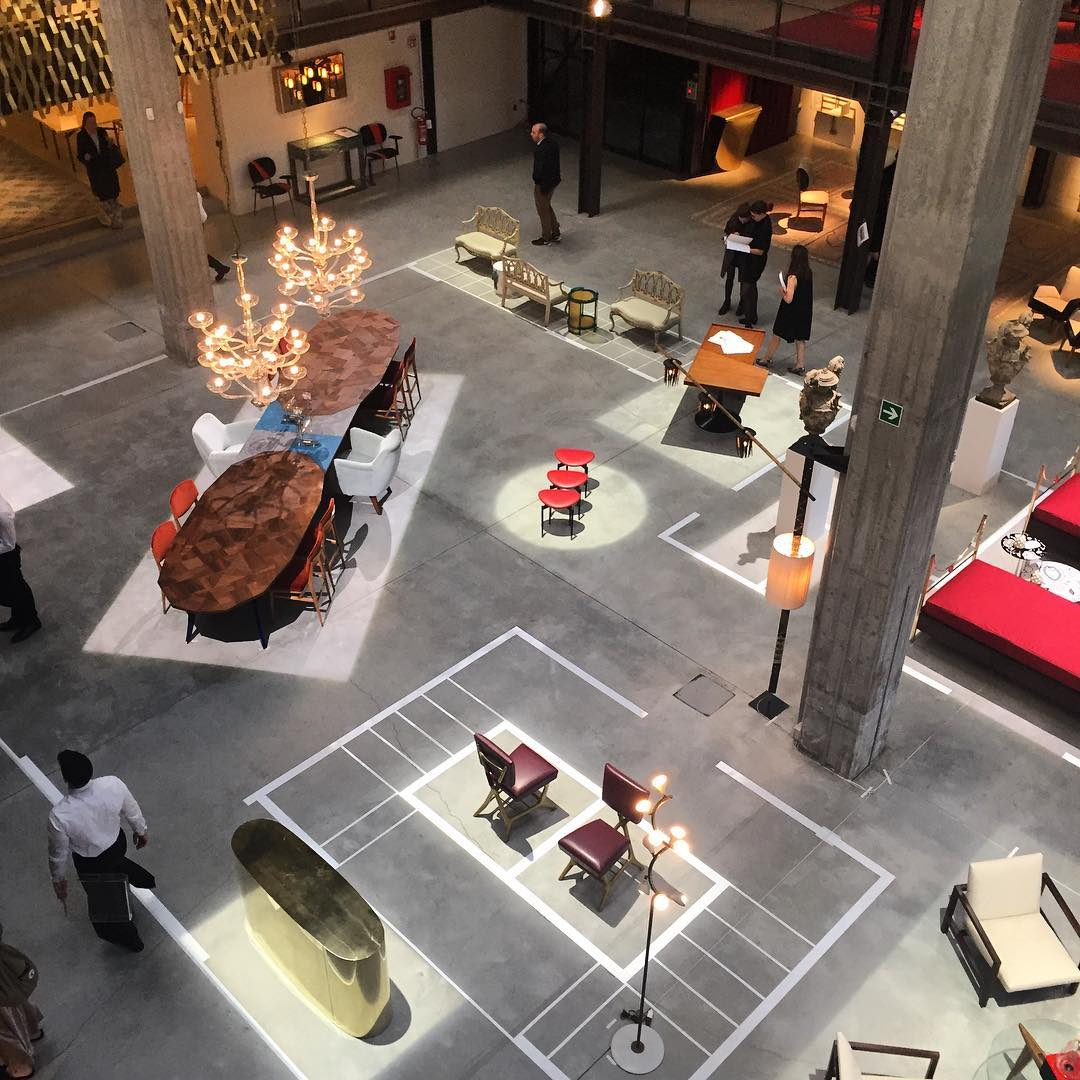 vista general de la feria del mueble de milan 2017