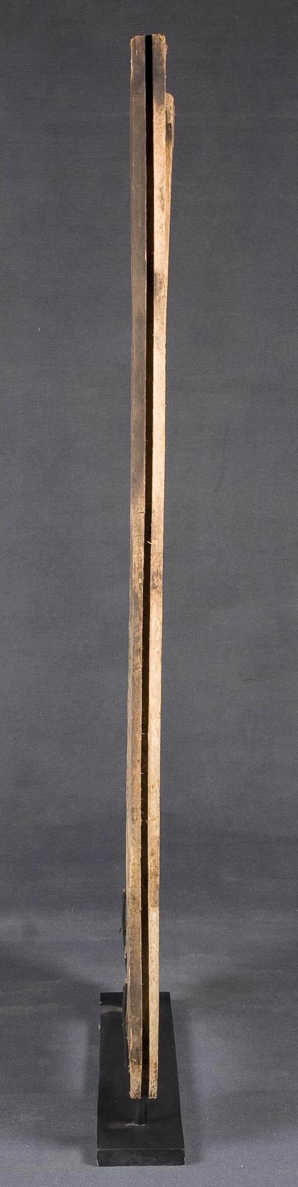 Escultura de panel antiguo