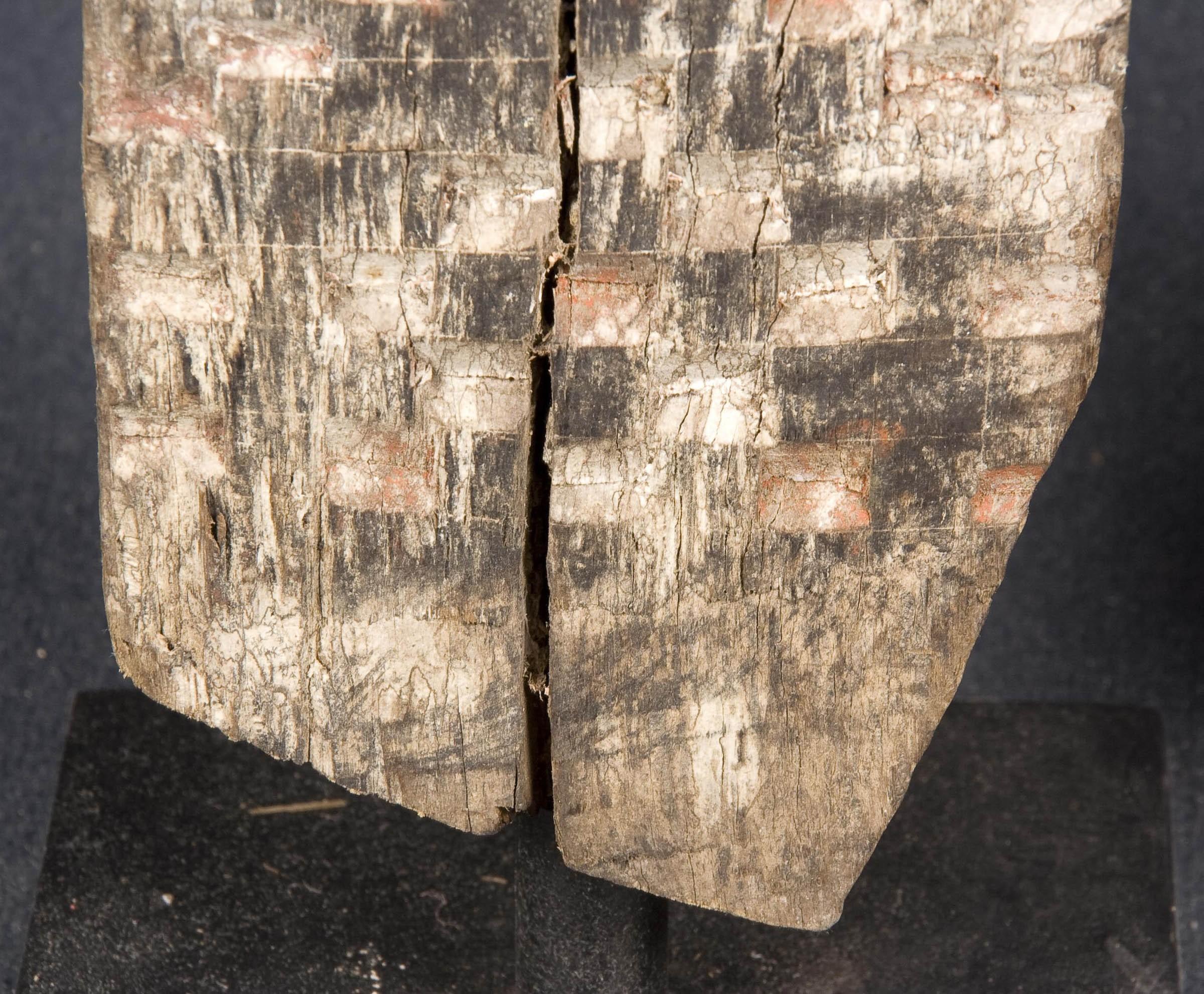 Escultura tallada antigua - Precio/ud