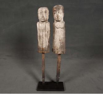 Pareja de esculturas de Sumba