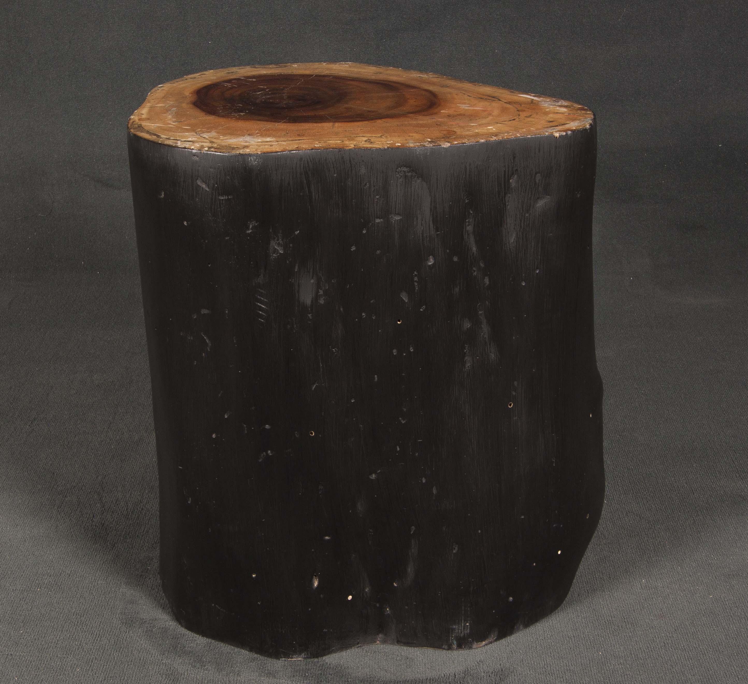 Taburete de tronco de Lechi
