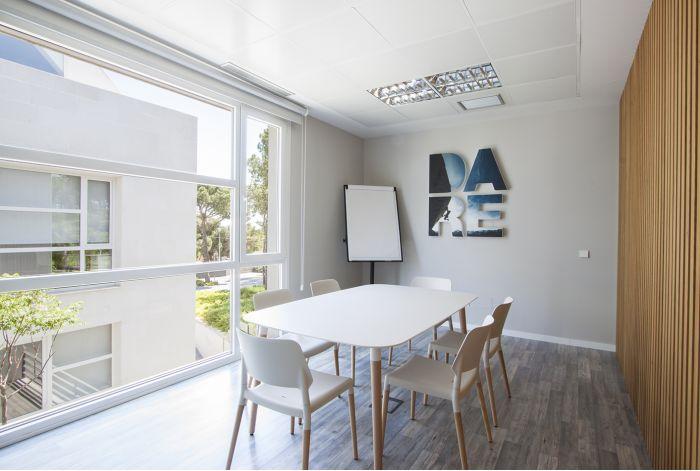 Mobiliario de BATAVIA en oficina en Pozuelo