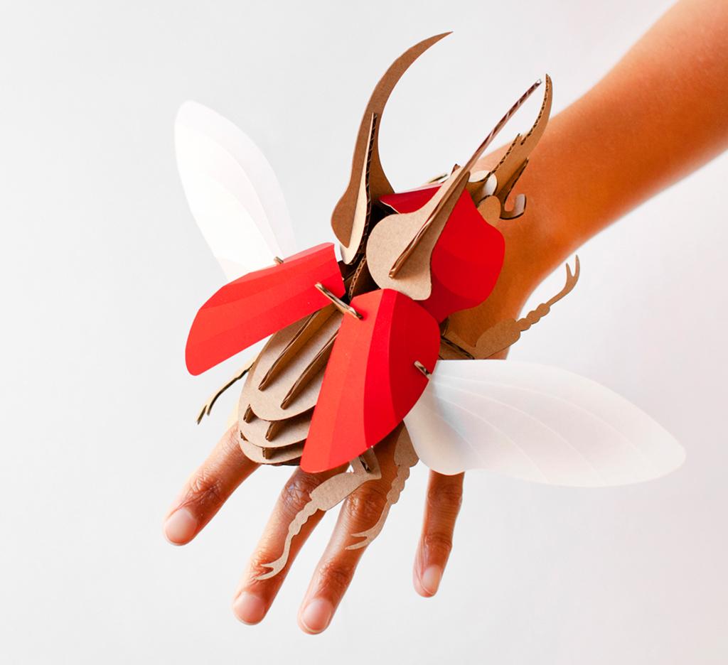 Escarabajo Atlas ruby red