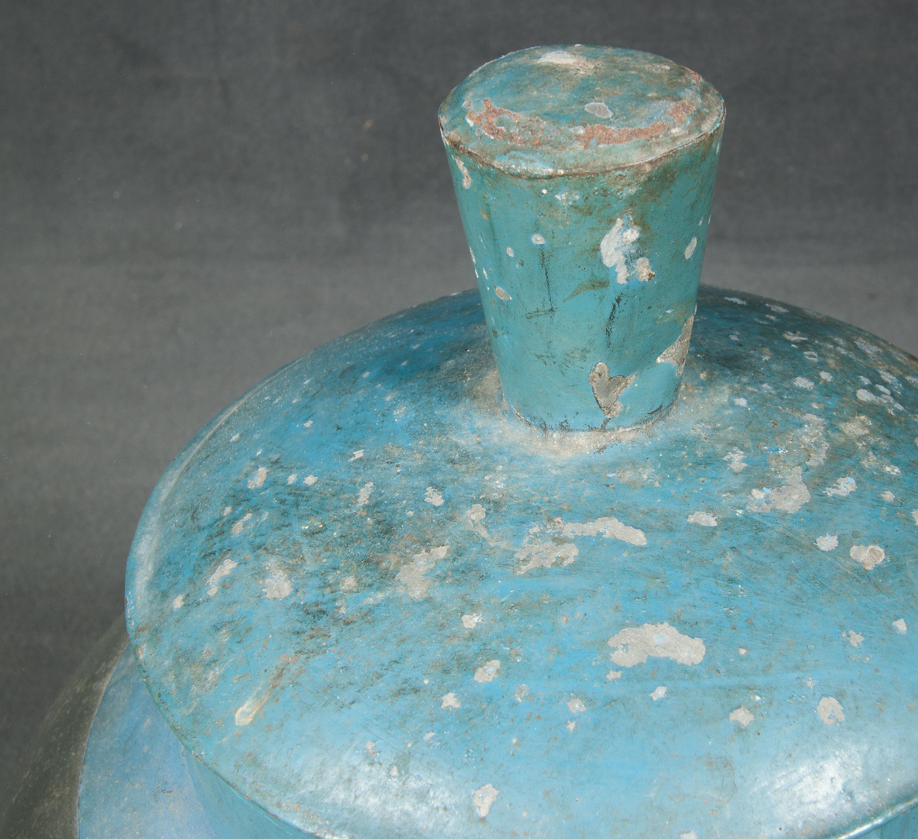 Bote antiguo de cristal
