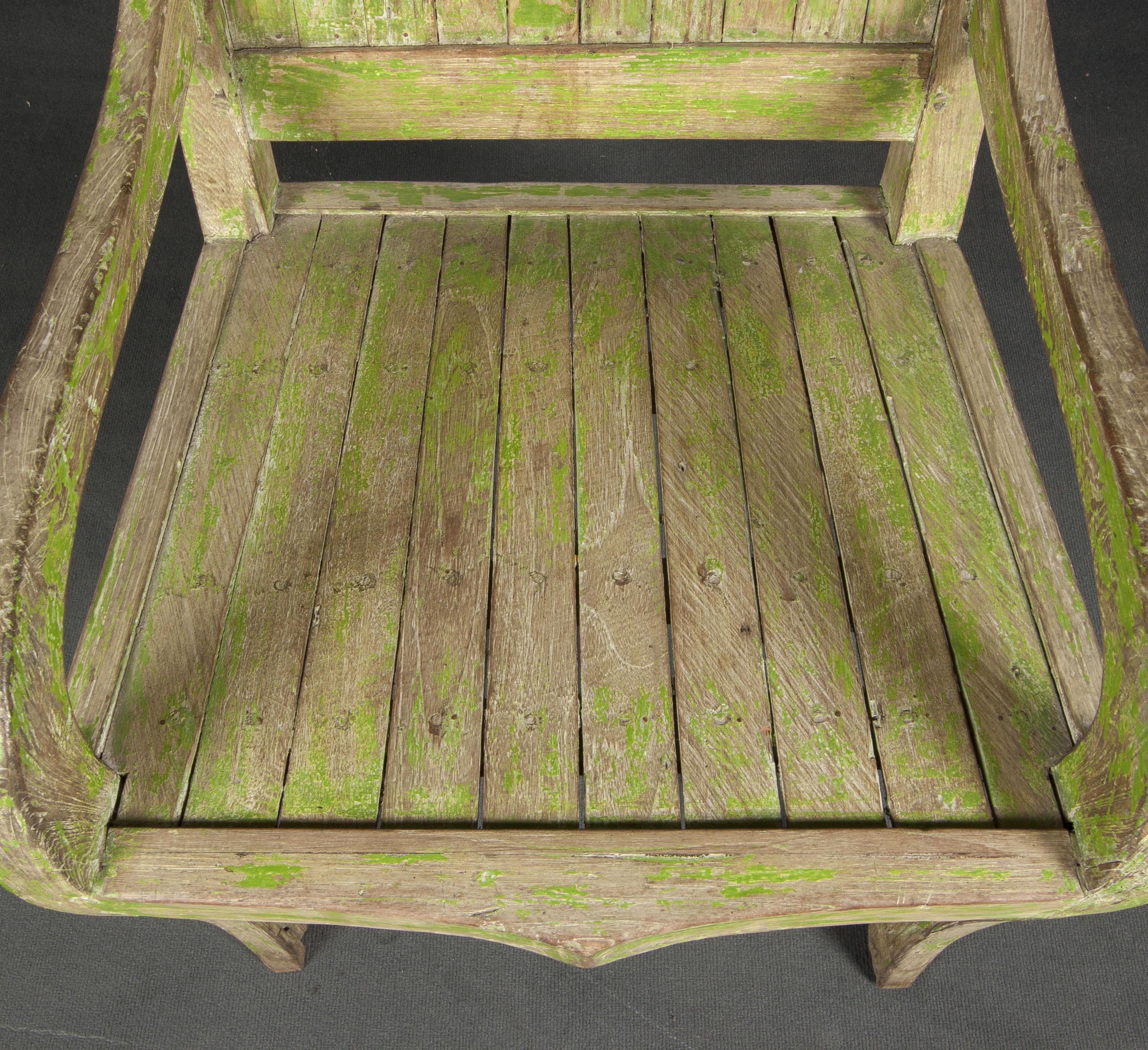 Butaca de madera verde