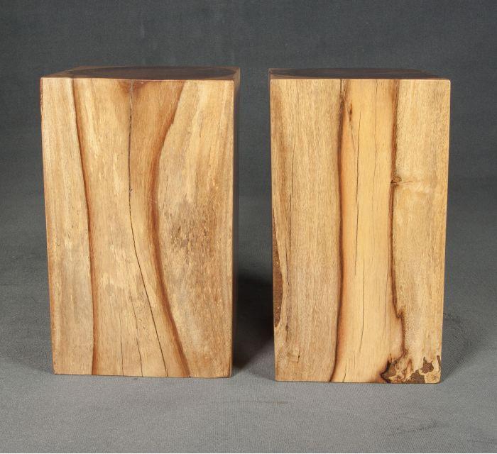 https://batavia.es/7017-thickbox_default/taburetes-indonesios-madera.jpg