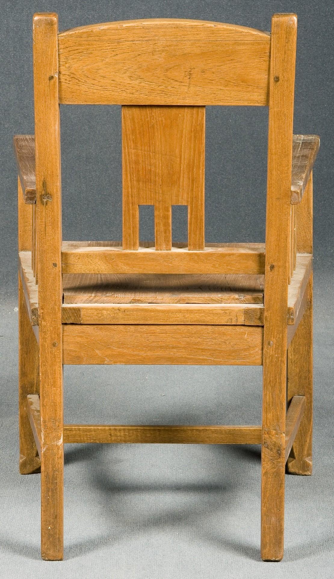 Pareja de sillas art-decó de niños