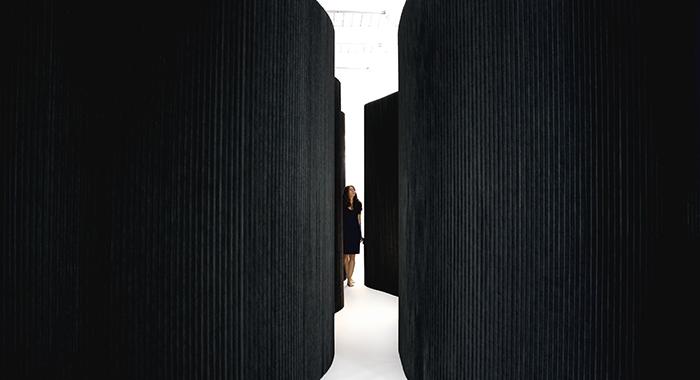 Softwall negro de Molo Design en Batavia