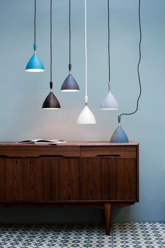 detalle de la lámpara dokka de birger dalh en varios colores
