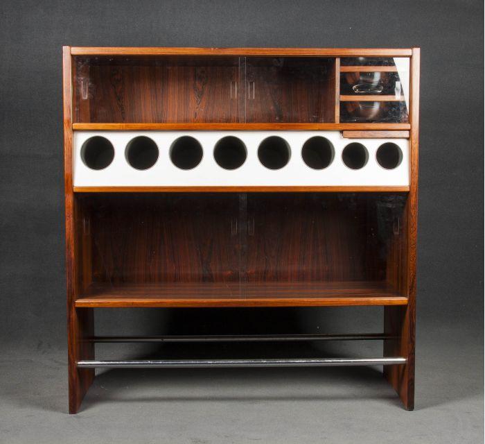 detalle mueble bar danes de los 50 batavia