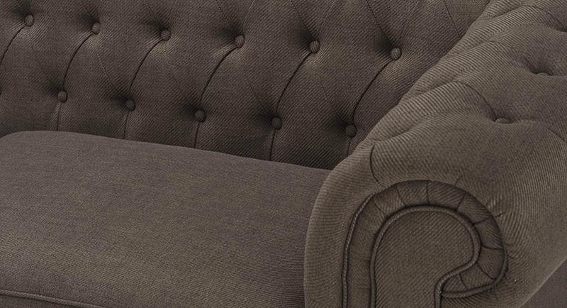 Detalle de sofa chester capitone en batavia
