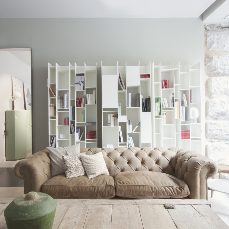 sofa chester en tienda mejia lequerica BATAVIA