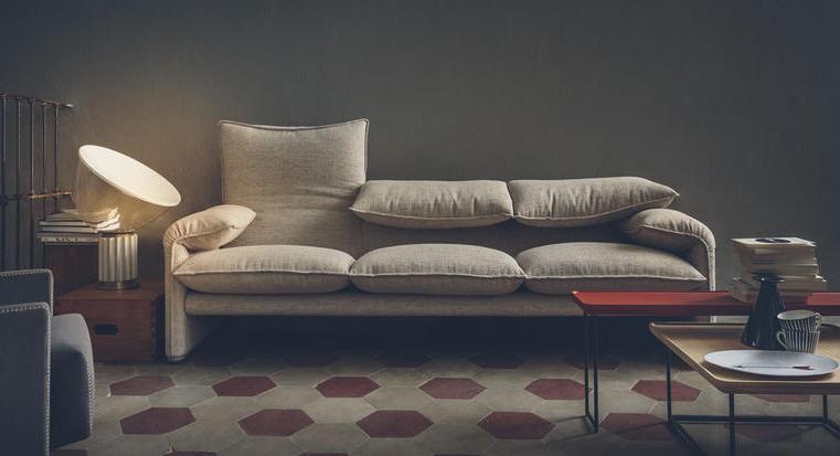 Sofá estilo años 70 Maralunga disponible en batavia