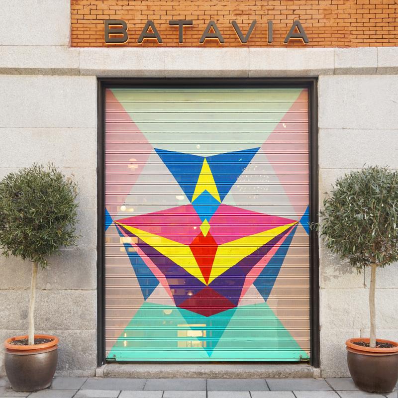 Entrada de la nueva tienda BATAVIA en Mejía Lequerica