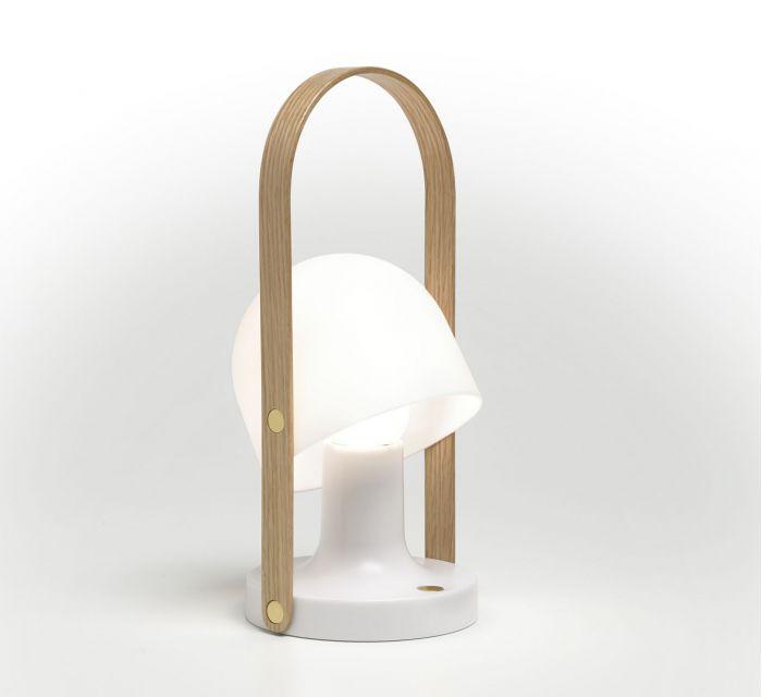 Lámpara Follow Me disponible en la sección de regalos de BATAVIA