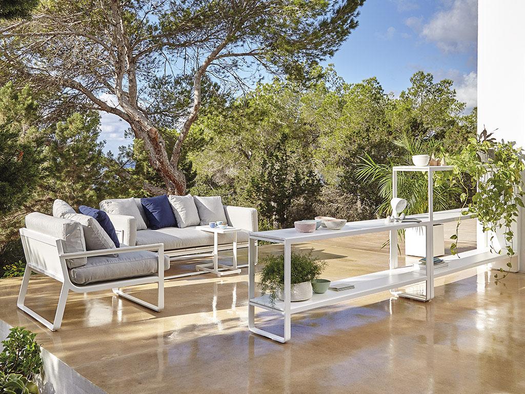 Sofa Flat de la firma Gandia Blasco disponible en batavia