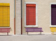 De qué material se hacen los bancos para exterior