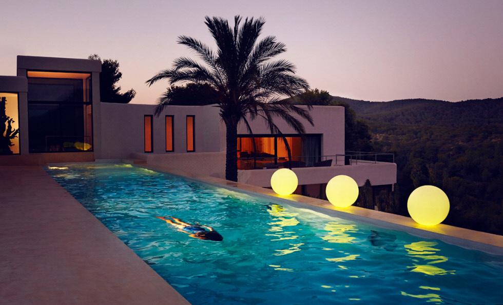 Vondom ahora crea elementos de iluminación exteriores