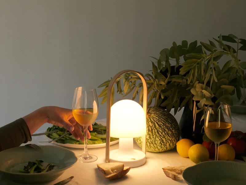 Lámpara de exterior Follow Me, Marset marca de iluminación español