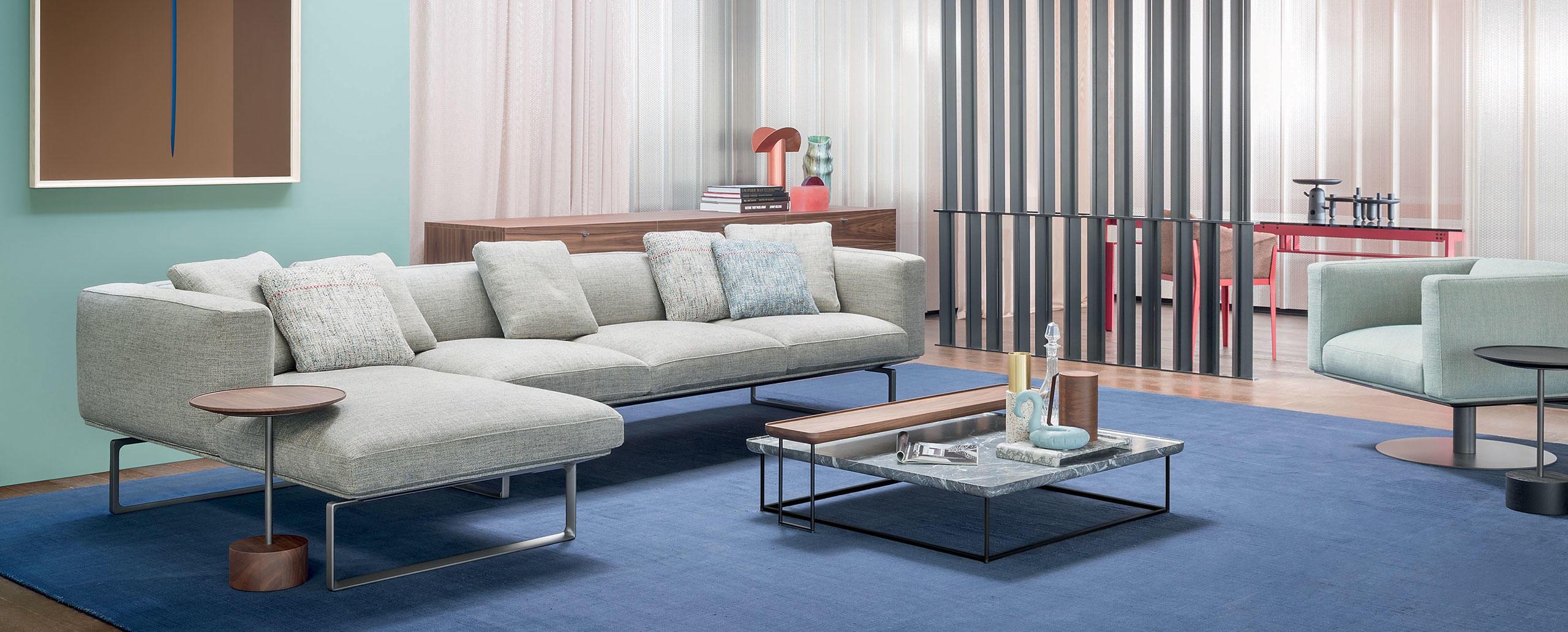 Sofá de diseño de Cassina disponible en Batavia