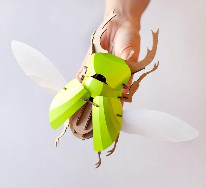 escarabajo de papel verde
