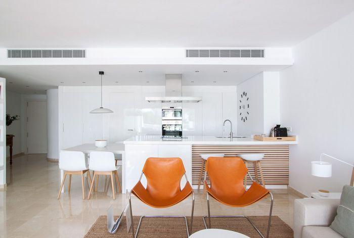 detalle cocina americana apartamento en guadalmina