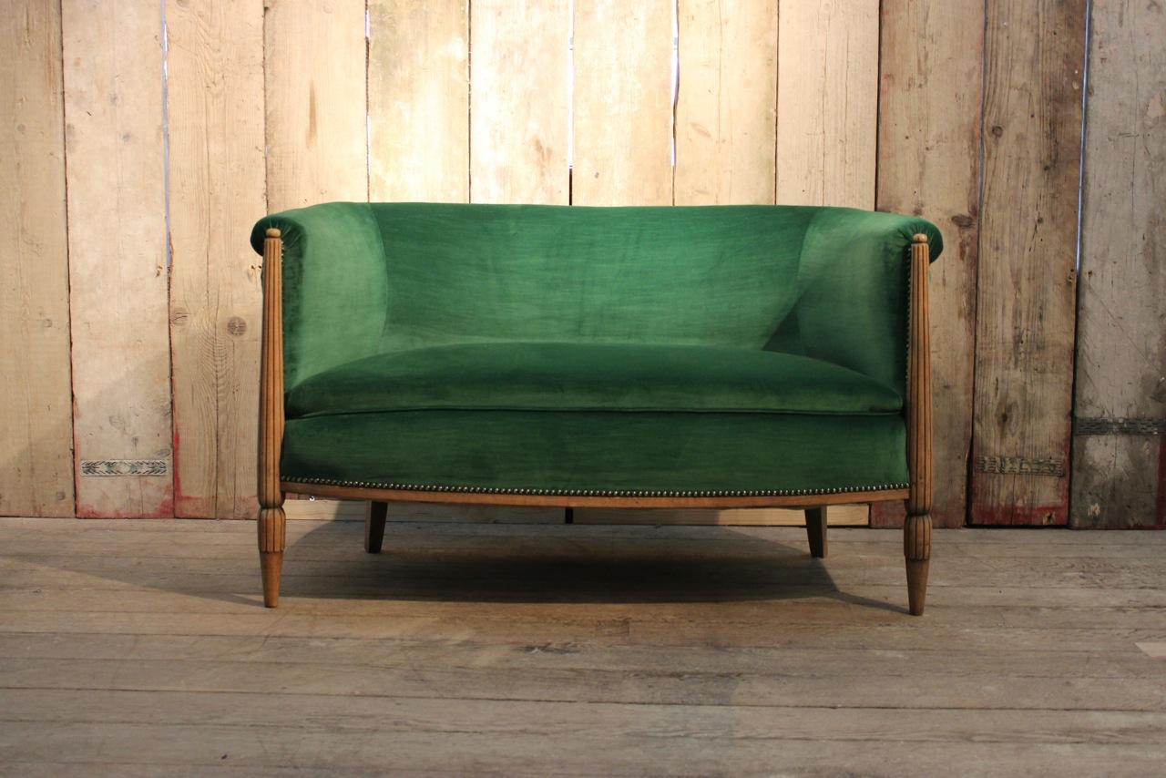 sofa art decó