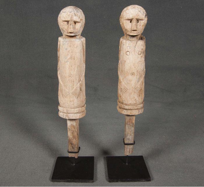 pareja de esculturas guardian de sueños en batavia